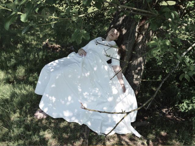 Svatební šaty z bavlněného saténu